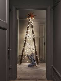 Decorative Christmas Tree Ladders by Best 25 Christmas Decor For Stairs Ideas On Pinterest