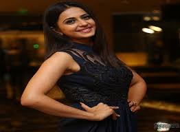 model rakul preet singh wallpapers rakul preet singh photos at size zero movie special show