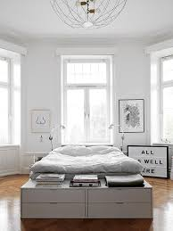 chic bedroom ideas best 25 modern chic bedrooms ideas on chic bedding