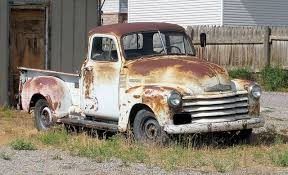 rusty pickup truck rusty old chevy pick up cool retro pickups pinterest chevy