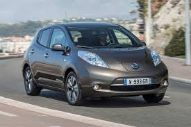 nissan leaf 2017 nissan leaf 30kwh 2015 road test road tests honest john