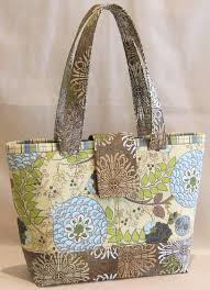 lazy blog new pattern mini miranda bag debuts at quilt