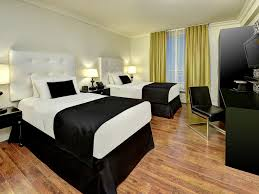 hotel rooms in toronto accommodations hotel victoria