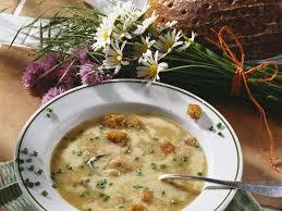 bayerische küche rezepte bayerische brotsuppe rezept eat smarter