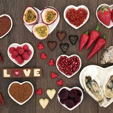 cuisine aphrodisiaque 10 aliments aphrodisiaques pour la valentin magazine avantages