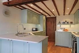 Modern Kitchens With Space Saving And Ergonomic Corner Sinks - Kitchen design with corner sink