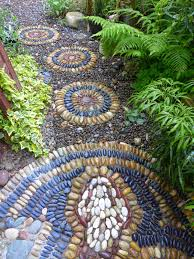jeffrey bale u0027s world of gardens building a pebble mosaic stepping