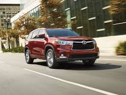 toyota best suv best in class midsize suv is the toyota highlander hybrid