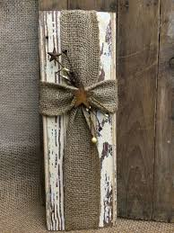Wood Crafts For Gifts by Best 25 Burlap Crafts Ideas On Pinterest Burlap Decorations
