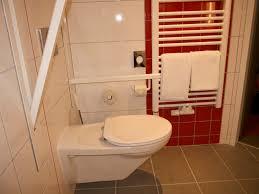 badezimmer behindertengerecht umbauen hessen förderung behindertengerechter umbauten selbstgenutzem