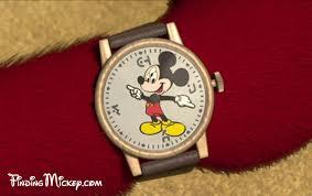 chicken mickey mouse wristwatch walt disney studios