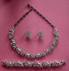 rhinestone necklace bracelet images Vintage costume antique jewelry matching jewelry sets parures jpg