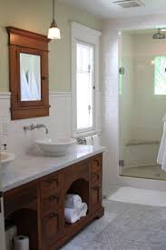 Old House Bathroom Ideas by Best 20 Craftsman Bathroom Ideas On Pinterest Craftsman Showers