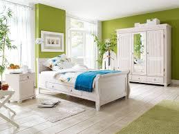 Wohnzimmer Und Schlafzimmer Kombinieren Schlafzimmer Kiefer Massivholz Im Landhausstil Helsinki 222