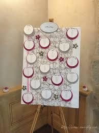 set de table originaux mariage thème rose pâle et rose fuchsia avec une note de gris