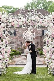 wedding flowers decoration best 25 outdoor wedding flowers ideas on outdoor