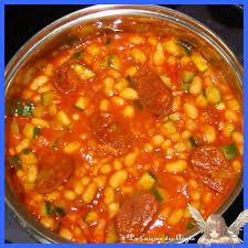 cuisiner haricots blancs secs haricots blancs et dés de courgettes au chorizo et à la tomate