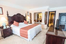 Riu Ocho Rios  Riu Ocho Rios Resort Riu Ocho Rios - Riu montego bay family room
