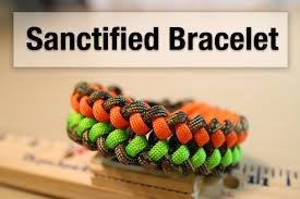 make paracord bracelet youtube images How to make a sanctified paracord bracelet jpg