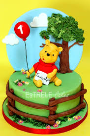 winnie the pooh cakes 24 best winnie the pooh cakes images on disney cakes