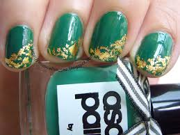 st patrick u0027s day gold leaf nail art of faces and fingers