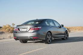 what of gas does a honda accord v6 use honda accord 2017 motor trend car of the year contender motor trend