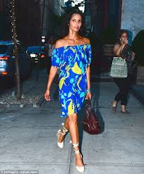 padma lakshmi plays up her exotic beauty in blue patterned dress
