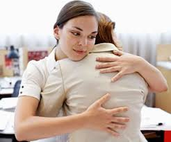How To Comfort A Friend Expert Advice What Do I Say To Comfort My Friend After Her