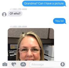 texts wrong number about thanksgiving but what happens