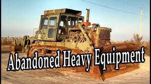 old abandoned heavy equipment 2016 rusty bulldozer crawler