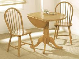 solid wood extending dining table and four chairs solid wood oak
