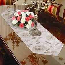 Dining Room Table Runner by Dining Room Table Centerpieces Candles Dining Room Table
