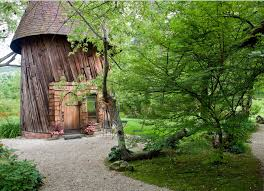 tiny cottages tiny cottage fairytale abodes 15 tiny storybook cottages amazing