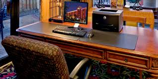 University Of Miami It Help Desk Holiday Inn Express Miami Arpt Ctrl Miami Springs Hotel By Ihg