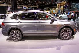 volkswagen tiguan 2018 interior 2018 volkswagen tiguan photos and info car news
