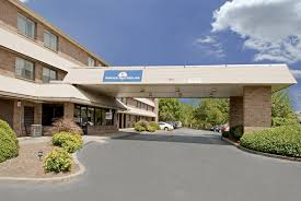 Hotels Near Six Flags Atlanta Ga Hotels Near I 75 And Circle 75 Pkwy Windy Hill Rd Exit 260 In