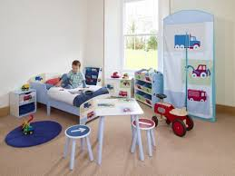 Small Boys Bedroom - boys room interior design