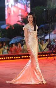 li a le occasion li bingbing chose to wear a vintage roberto cavalli gown