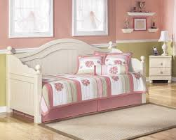 best vintage style bedroom decorating ideas vintage cottage decorating ideas
