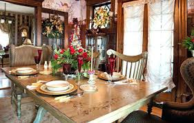 dining room table christmas centerpiece ideas christmas dining room table decorations gold and red table