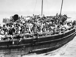 refugee crisis son of vietnamese u0027boat people u0027 shares story of