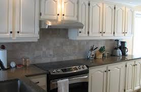 repeindre cuisine chene repeindre cuisine en chene excellent une cuisine intgre relooke par