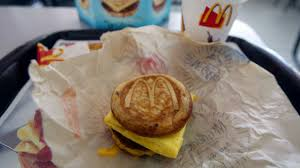 100 mcdonalds open thanksgiving day macy u0027s stores to