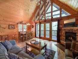 Log Cabin Floors by Running Bear 2 Bedrooms Sleeps 8 Tub Vrbo