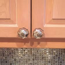 glass knobs kitchen cabinets mercury glass knobs on kitchen cabinets my apartment u003c3