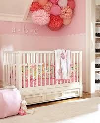 babyzimmer deko basteln deko fürs kinderzimmer selber basteln ideen tisch stuhl socken