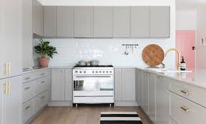 freedom furniture kitchens tips to choosing the right kitchen handles renovation rookie