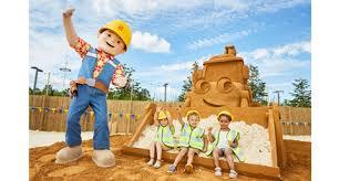 60 tonne sand sculpture launches bob builder toy toy