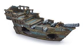 penn plax shipwreck aquarium ornament small 11 5l x 4 5w x 4h