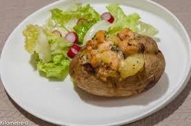 cuisiner pavé de saumon au four pommes de terre au four au saumon et chignons kilometre 0 fr